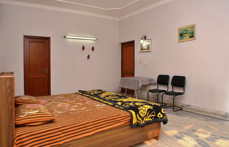 Stay for marriage guests, home away from home - Neu-Delhi - Wohnung