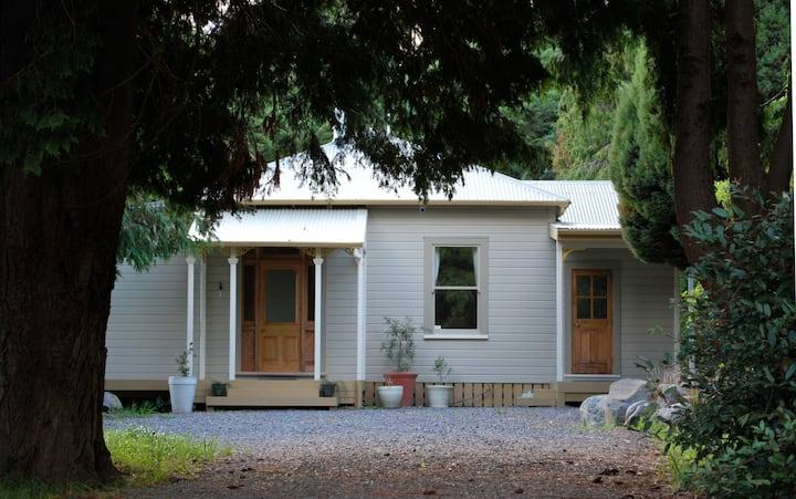 Woodturners Villa