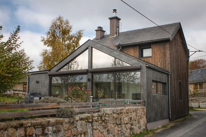 Charmante maison en Aubrac avec vue imprenable