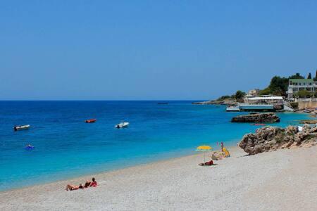 Beach view rooms in Dhermi - Dhërmi Plazh