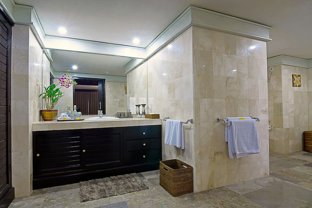 Big roomy bathrooms with showers and baths