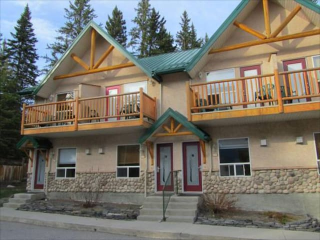 #234. Canmore Rocky Mountain Lodge