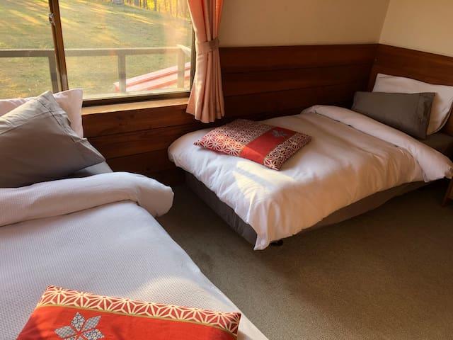 Cozy twin room no 2