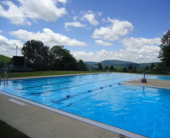 Luxury Catskill Townhouse Retreat