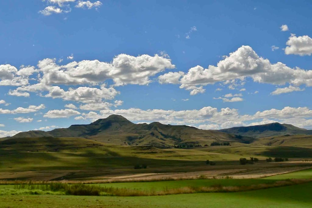 Stunning views over Drakensberg mountains