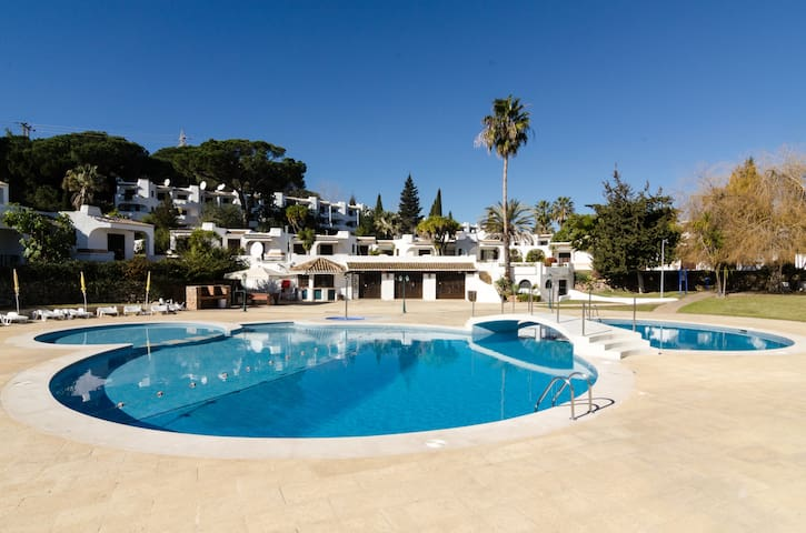 Fully renovated stunning Apartment - Albufeira - Apartamento