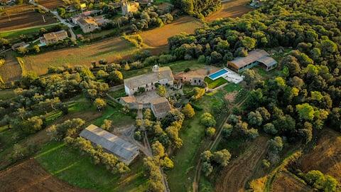Villa Cal Germà at Can Campolier
