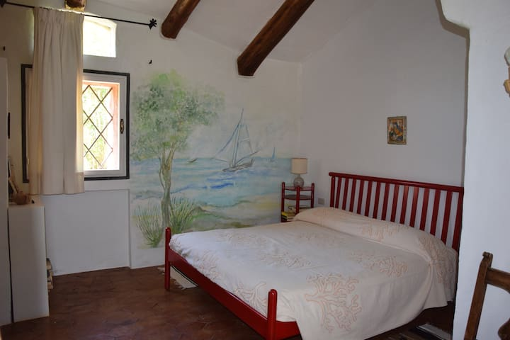 the double bed bedroom