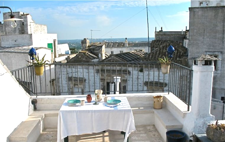 Cisternino little house & terrace - Cisternino - Apartament