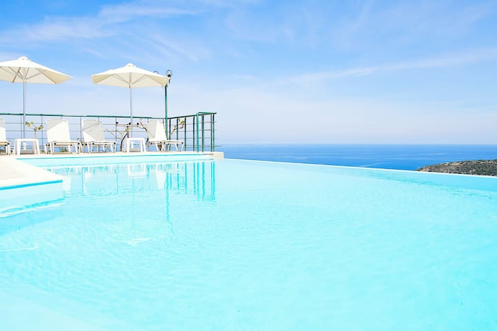 Villa Chrissi, Infinity Pool+View! - Rethymno