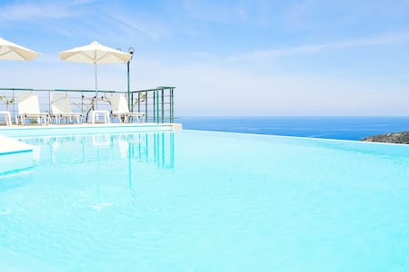 Villa Chrissi, Infinity Pool+View! - Rethymno - Casa de camp