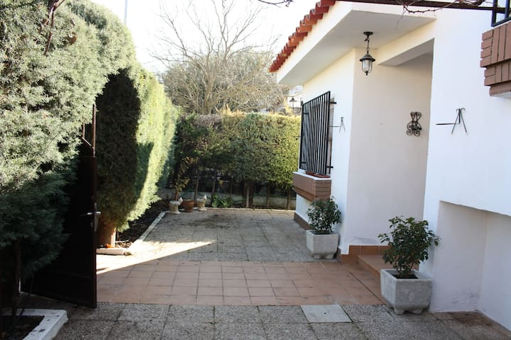 Casa-Apartamento  - miguel esteban (toledo) - House