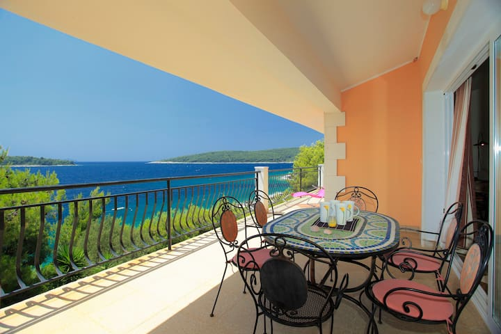 Spacious apartment by the sea - Korcula Island - Departamento