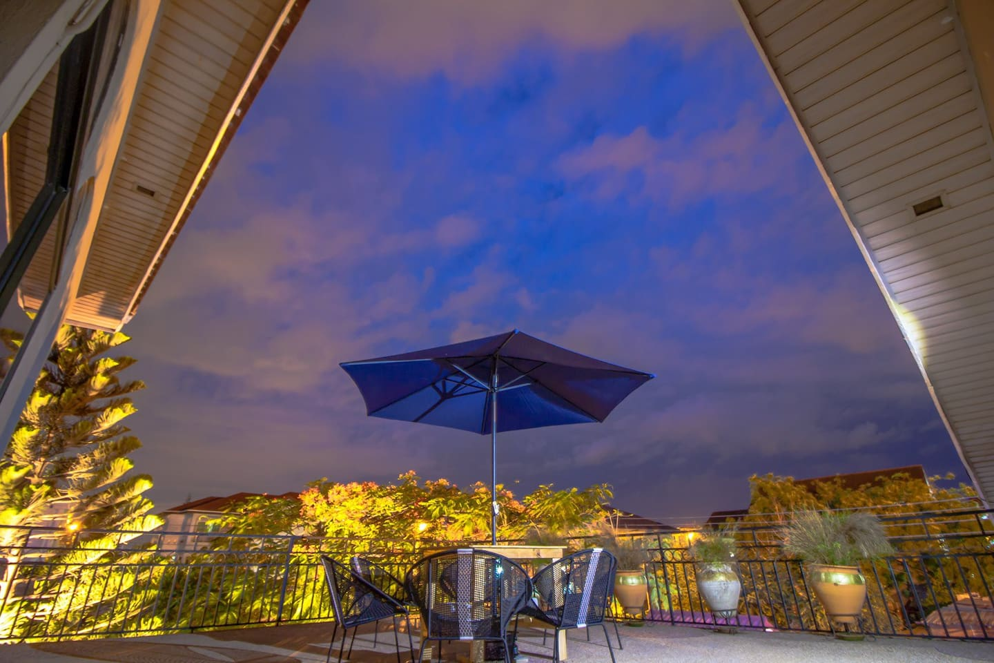Drinks, stars above, food, music - enjoy breezy evenings with friends or family on our terrace