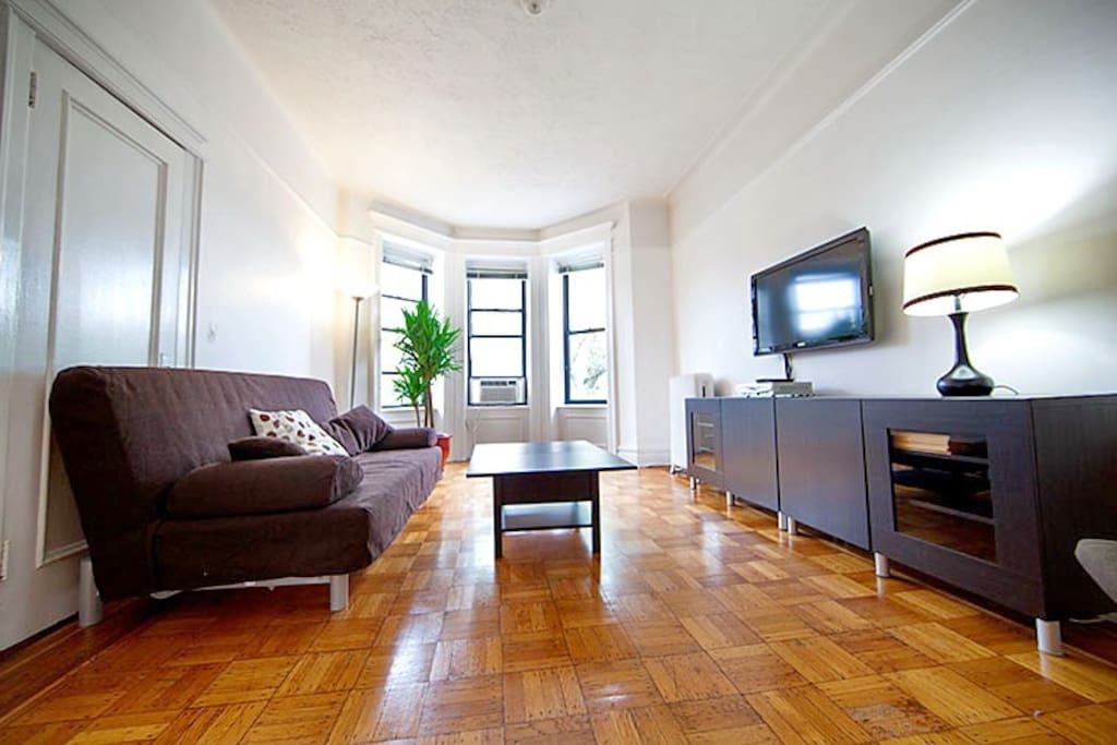 Bright and quiet 2 br in park slope apartments for rent One bedroom apt for rent in brooklyn