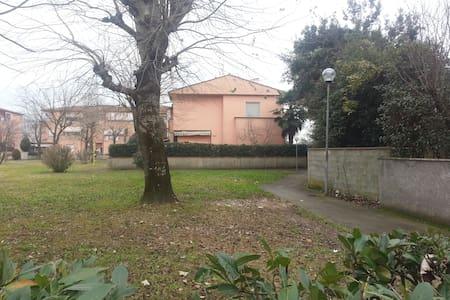non piu disponibile per il momento - Castelfranco di Sotto - บ้าน