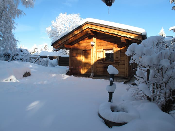 Romantic stay in Les Carroz -WIFI - Linen provided