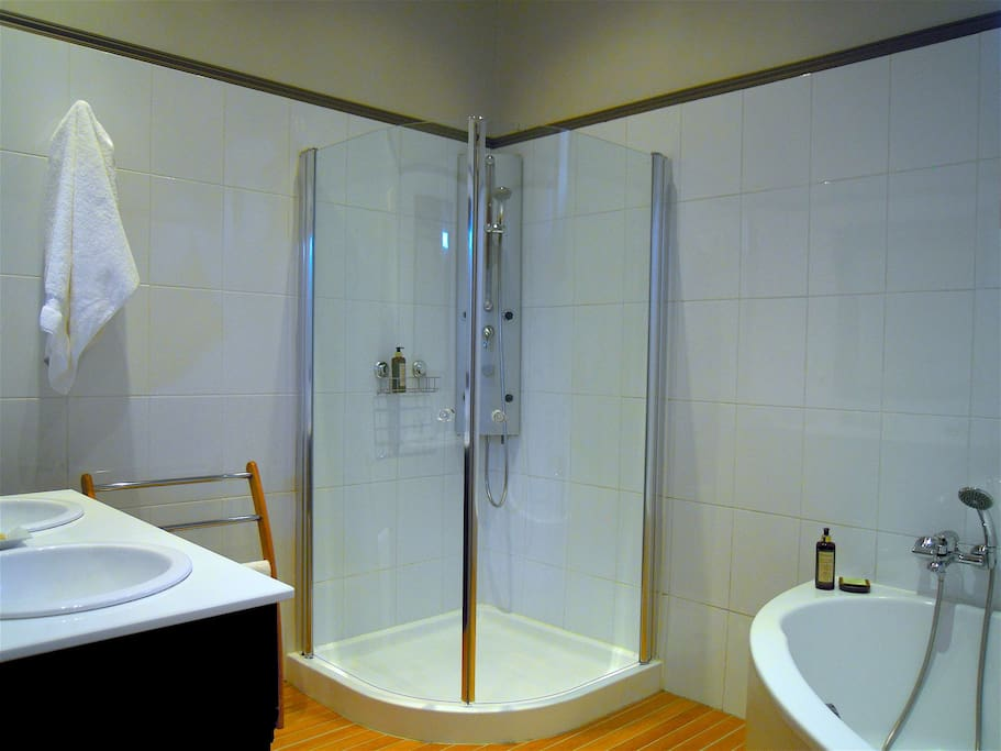 Suite Sainte Croix - Salle de bain