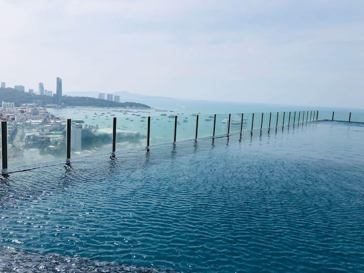 无清洁费芭提雅网红名宿 the base central pattaya步行海滩5分钟最方便公寓