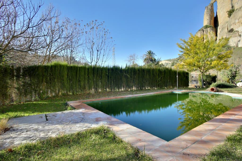 Casa con piscina en ronda 6pax maisons louer ronda for Casas con piscina en malaga