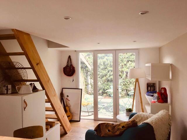 Charmant studio  avec terrasse
