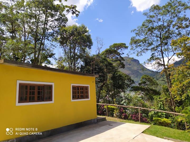 Casa em Petrópolis com vista para as montanhas