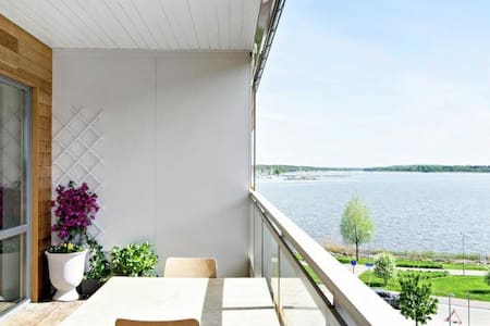 Nice flat close to center and lake Mälaren - Västerås