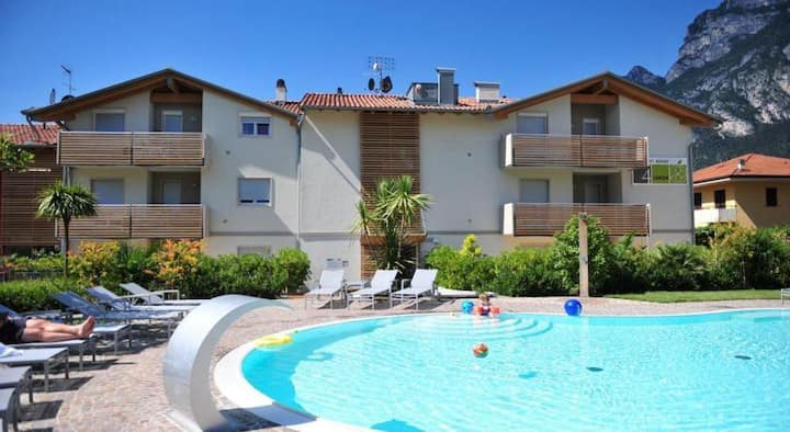 4LIMONI Apartment Resort