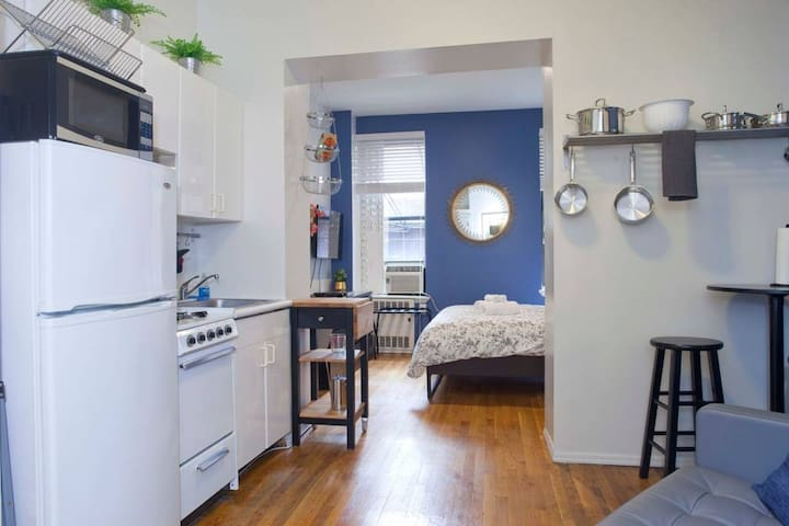 Designer Floor Suite