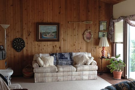 Molly's House Beach Vacation Rental - Waldport - Casa