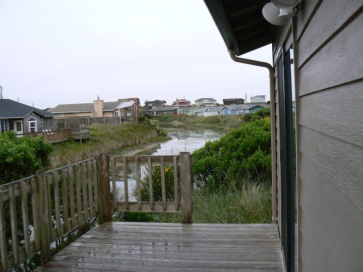 Dolphin House Beach - OFFERING ONLY 30 DAY RENTALS