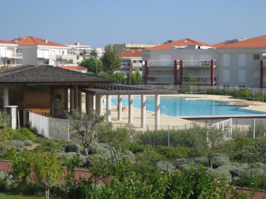 très belle piscine, mer à 5 minutes