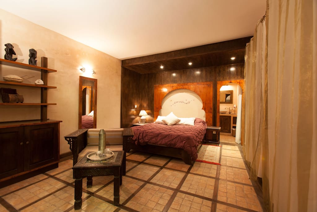 Superior room with warm atmosphere