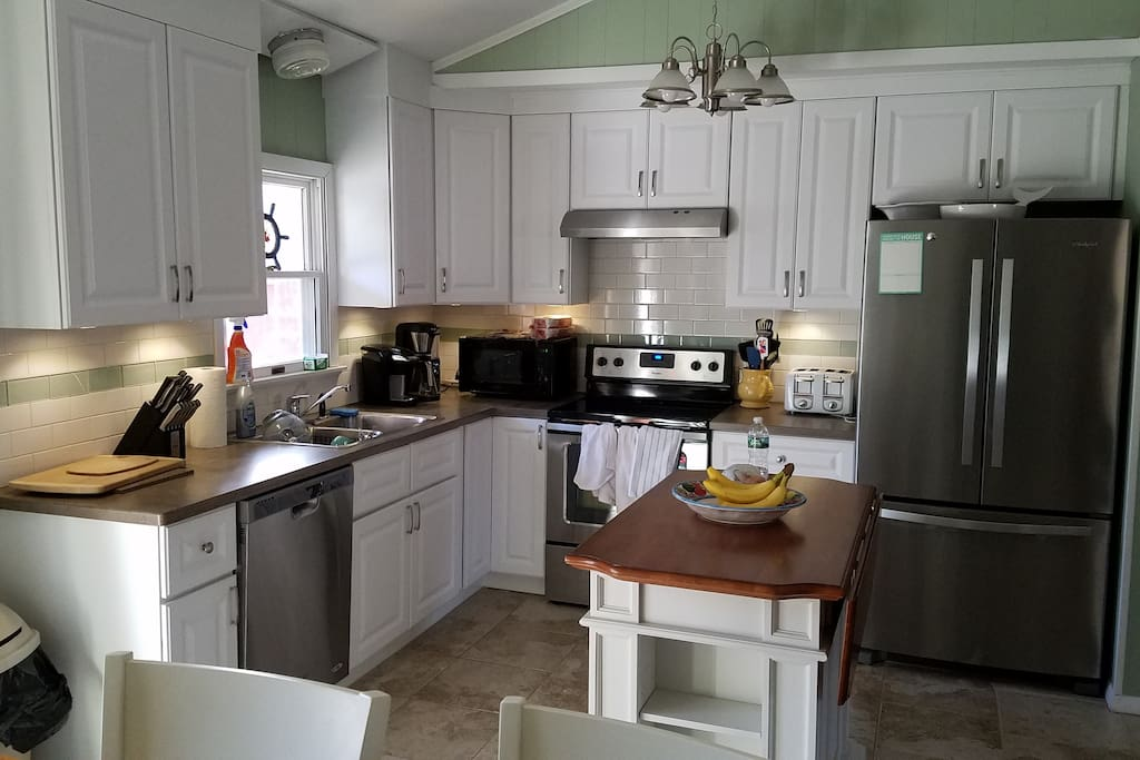 Newly renovated kitchen with all new amenities