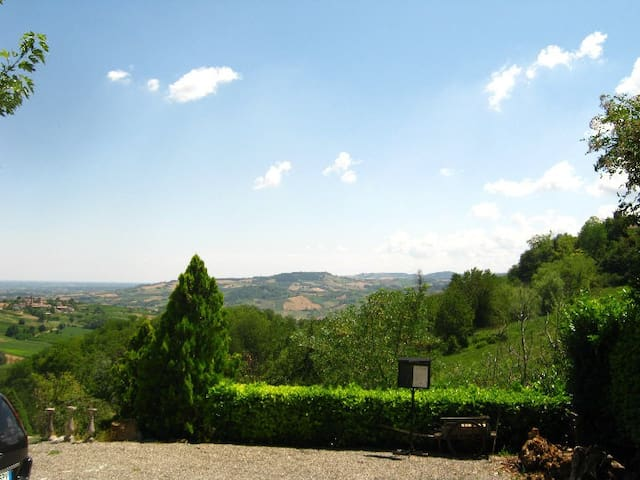 Historical House 1600 th in Little Tuscany - Sala Mandelli - House