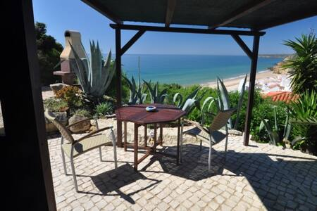 Bungalow Honeymoon - a cozy gem with ocean view