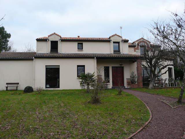 2 Chambres aux portes du vignoble - Vertou - Ház
