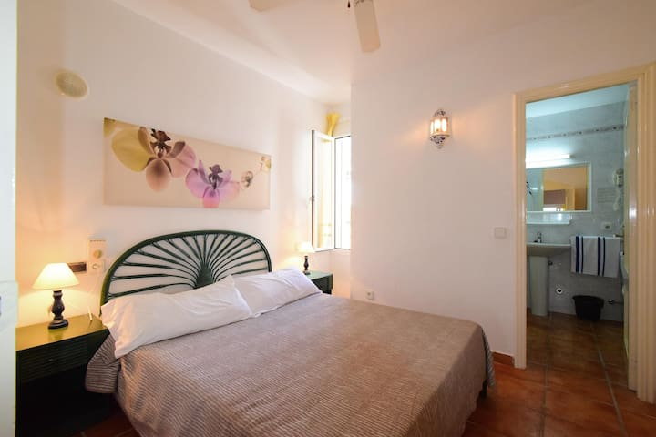LOVELY ONE BEDROOM APARTMENT - Cala Llenya - Apartament
