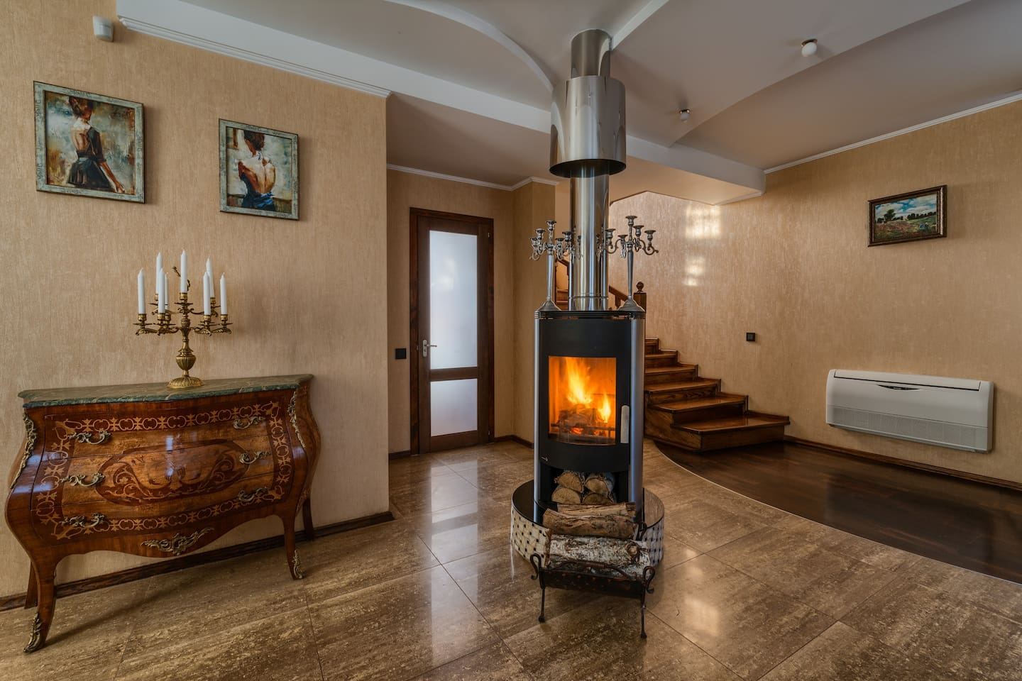 Welcome to the Living room with fireplace