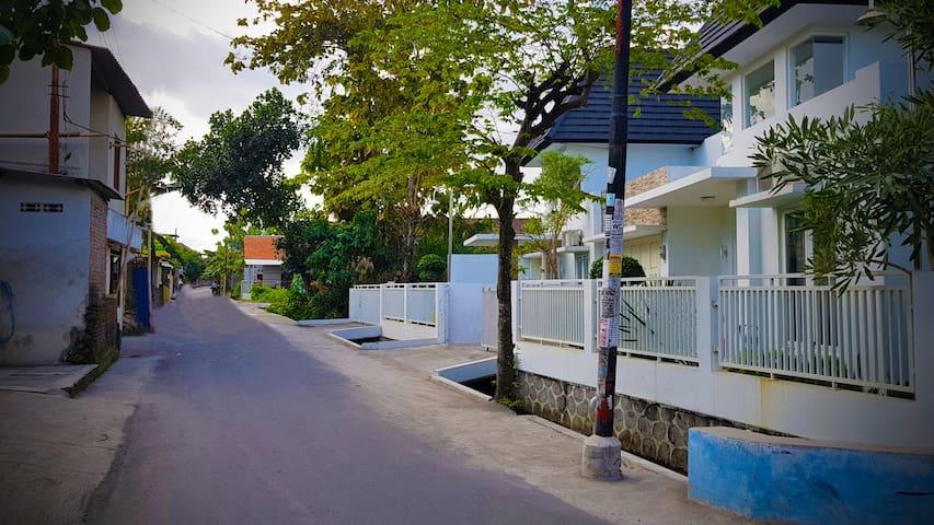 Jalan Depan Homestay