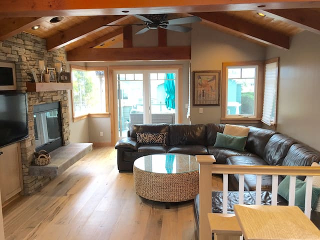 Cardiff Craftsman Beach House 3/3 - Encinitas - Hus