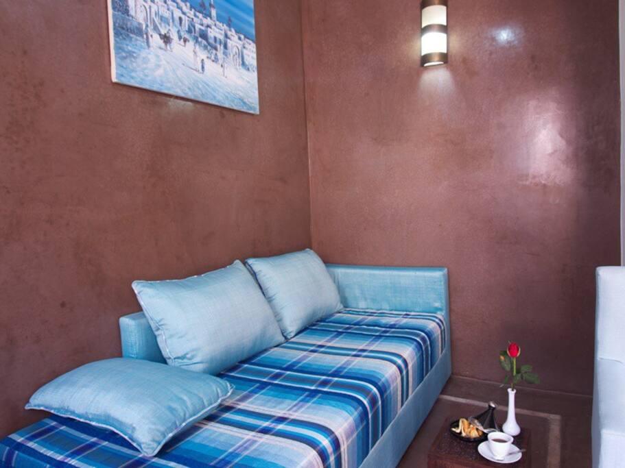 canapé ou lit 3ème personne 90 x 2m