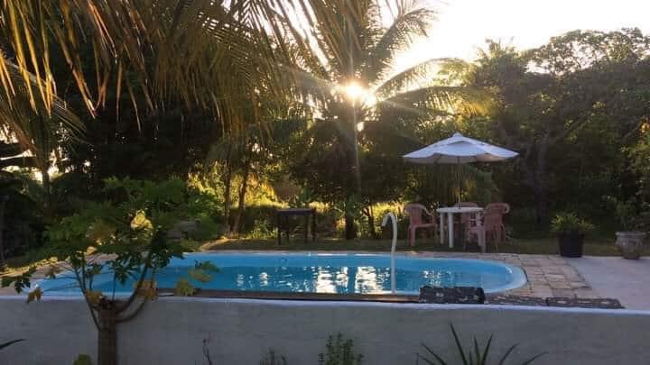 Sítio confortável piscina, e diversões