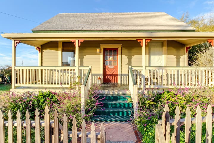 Ocean views and a private deck, two blocks from the beach!