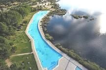Vista aérea del Área recreativa de Las Presillas, a 10 min. en coche del Pajar, sitio estupendo para bañarse y disfrutar en verano!