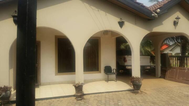 Hillview Villa