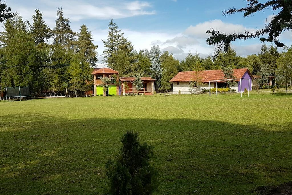 Seis caba as y jardin de eventos en rancho h pico for Cabanas de jardin
