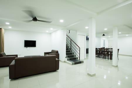 Jack Guest House - Kota Bharu - Dom