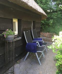 Vrijstaand guesthouse De Punt