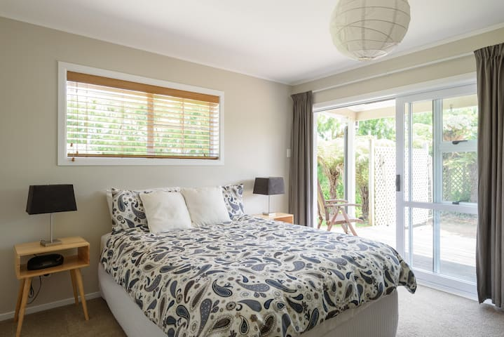 Double room in Kumeu wine country. - Kumeu - Haus